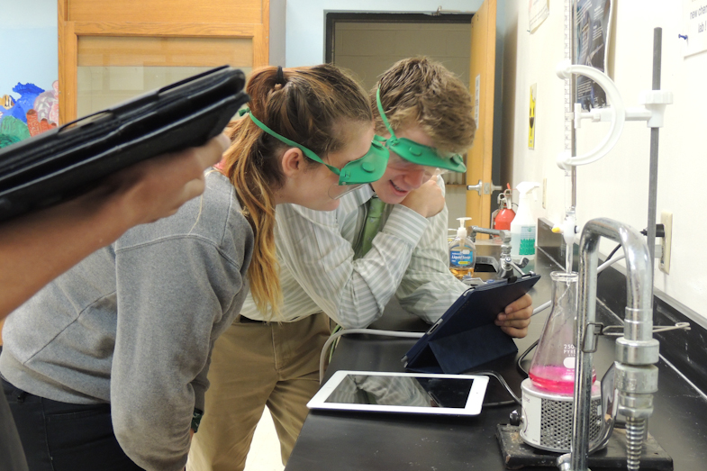 Proctor Academy - iPads and Science