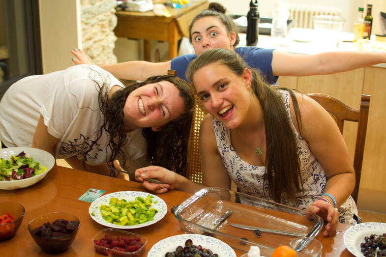 Experiential education students cook dinner in northern Catalonia