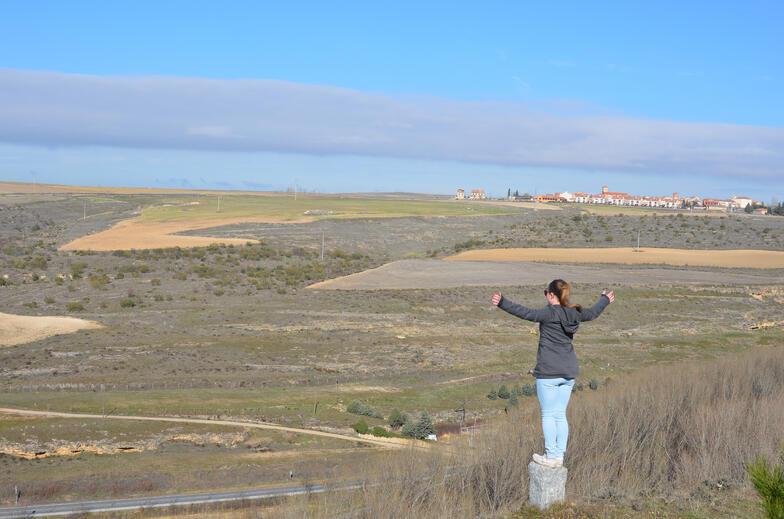Proctor en Segovia gazes out at the meseta