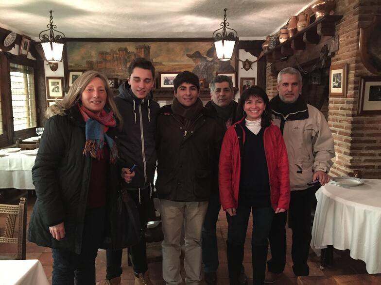 Proctor en Segovia students with their host families: Mitch's family visits from the U.S. and meets his Spanish family