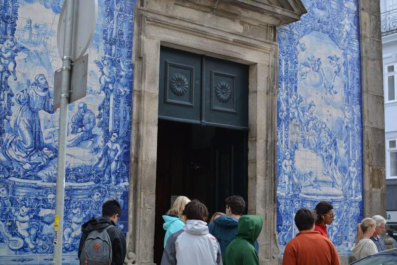 Proctor en Segovia tours Porto's azulejos