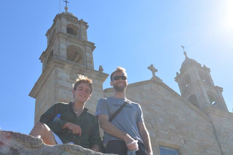 Proctor en Segovia hikes the Camino de Santiago!