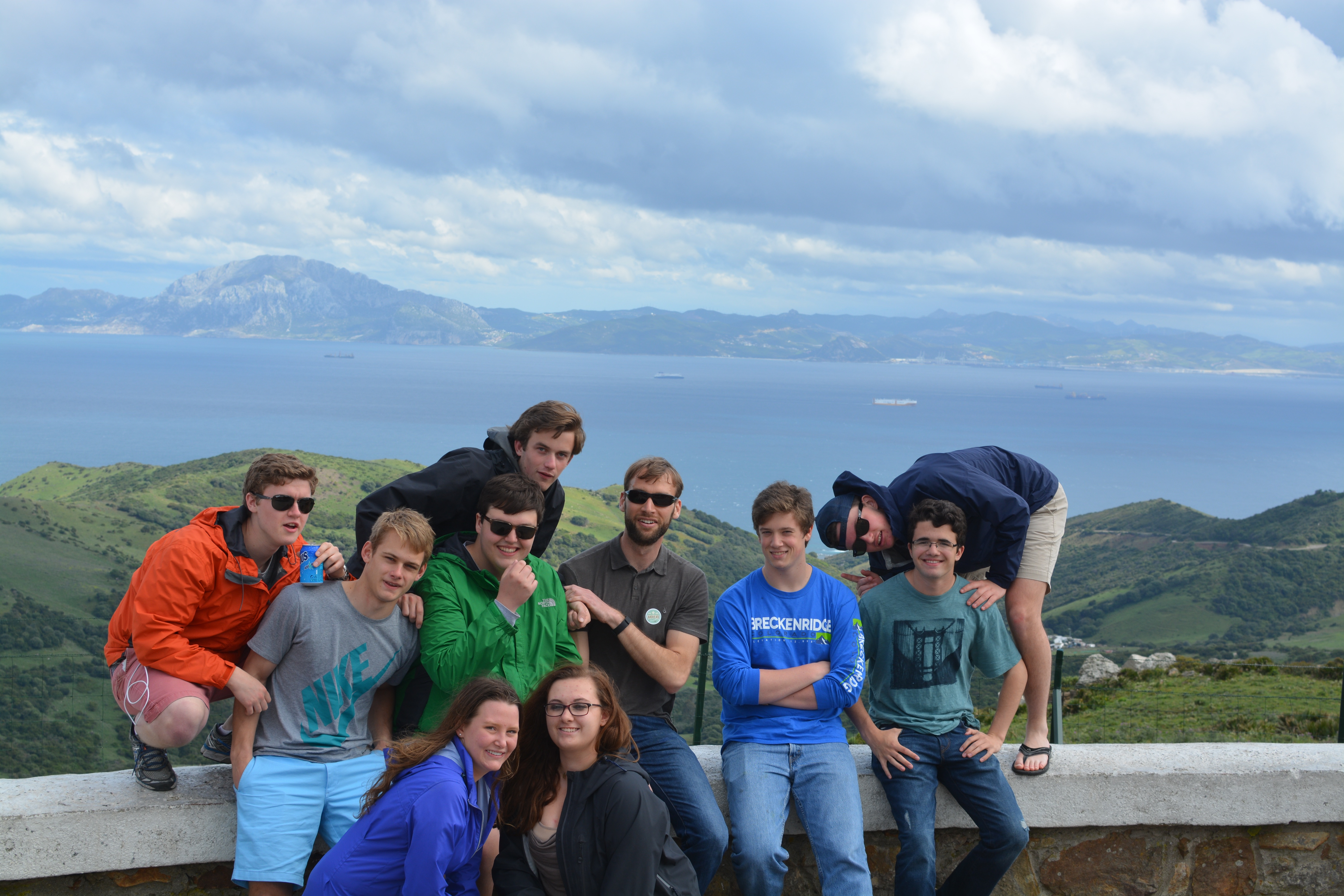 Proctor en Segovia gazes out at the Strait of Gibraltar and Morocco!