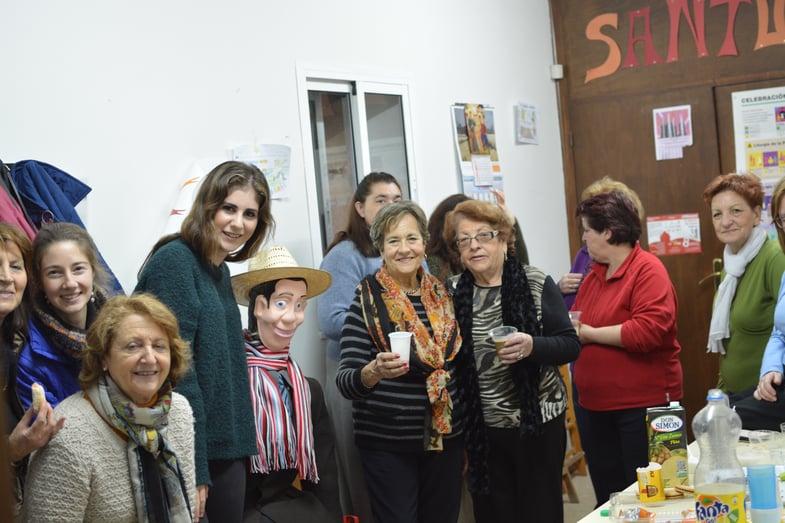 Proctor en Segovia volunteers at a local Segovian church
