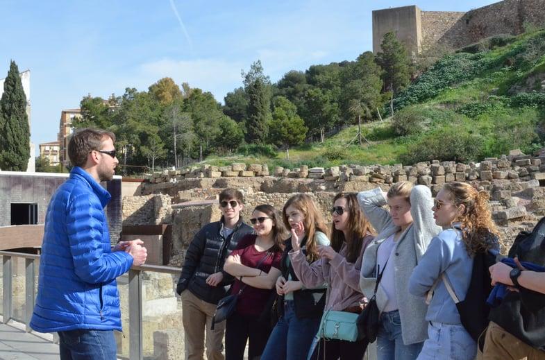 Proctor en Segovia visits Málaga's Roman Theater