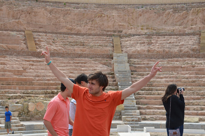 Proctor en Segovia in Cartagena's Roman theater