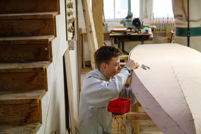 Proctor Academy Boat Building Experiential Education