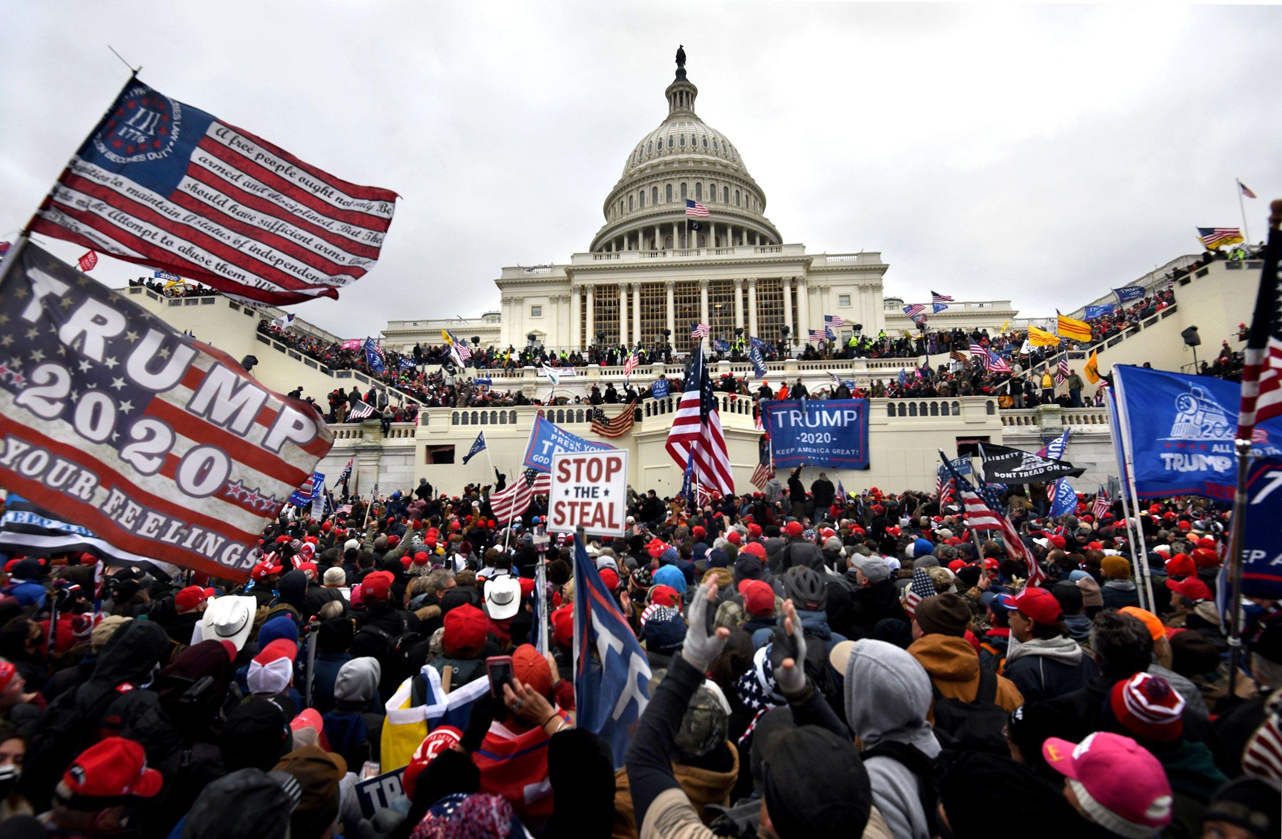 210107-washington-rally-riot-protest-capitol-ONE-TIME-USE-ac-507p_7188ea4cb5294111e6578dc5b7018b0b