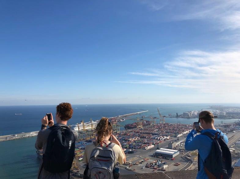 Proctor en Segovia students visit Montjuic