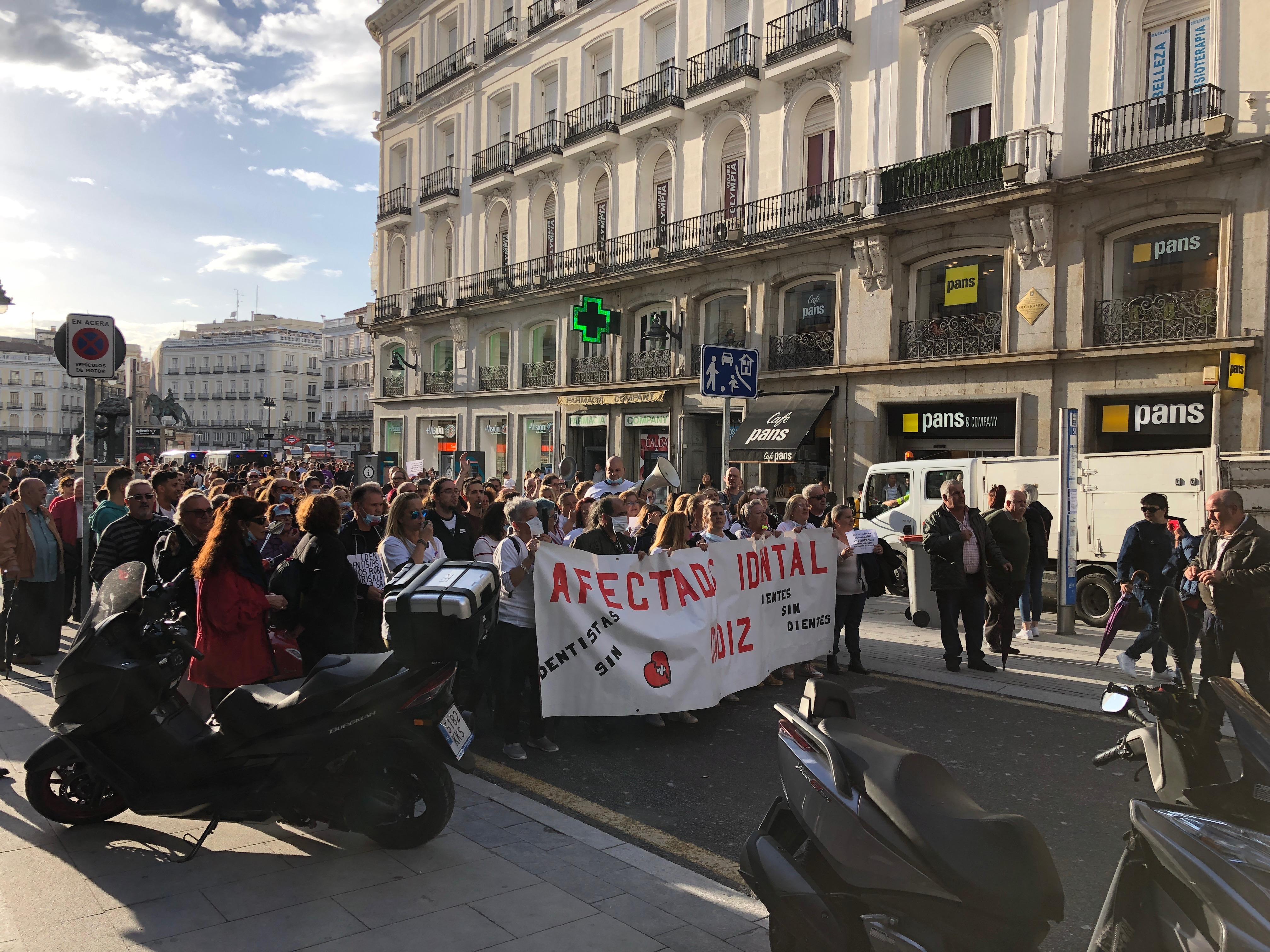 Proctor en Segovia visits Madrid's Puerta del Sol