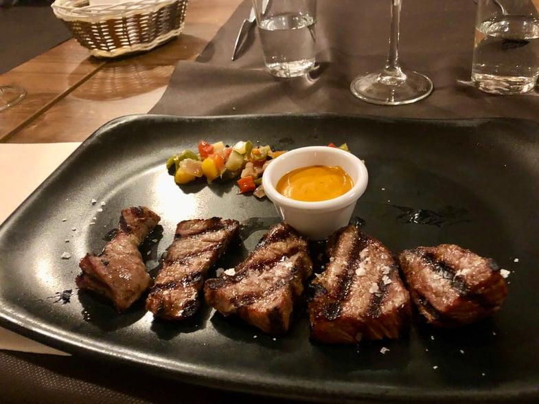 Proctor en Segovia samples traditional Andalucian cuisine