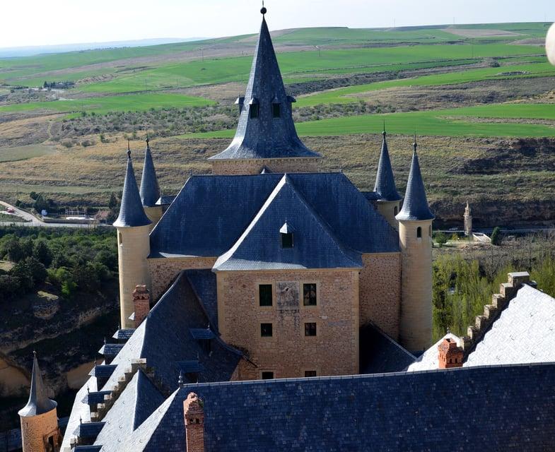 Proctor en Segovia family weekend tour of the Alcázar.