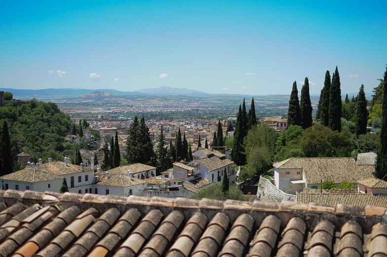 Proctor en Segovia students explore Granada.