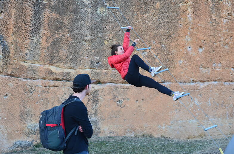 Proctor en Segovia students explore Segovia during orientation activities.