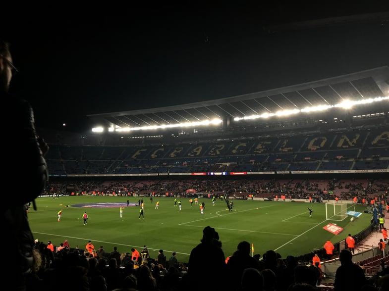 Proctor en Segovia watches FC Barcelona at Camp Nou