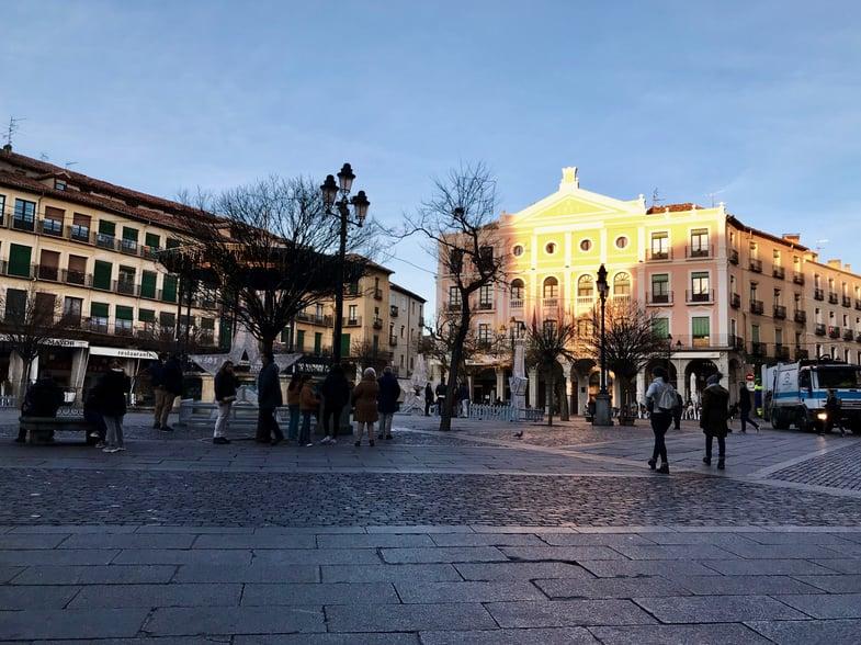 "Proctor en Segovia ""campus"" on the Plaza Mayor"