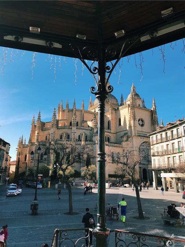 "Proctor en Segovia ""campus"" on the Plaza Mayor"
