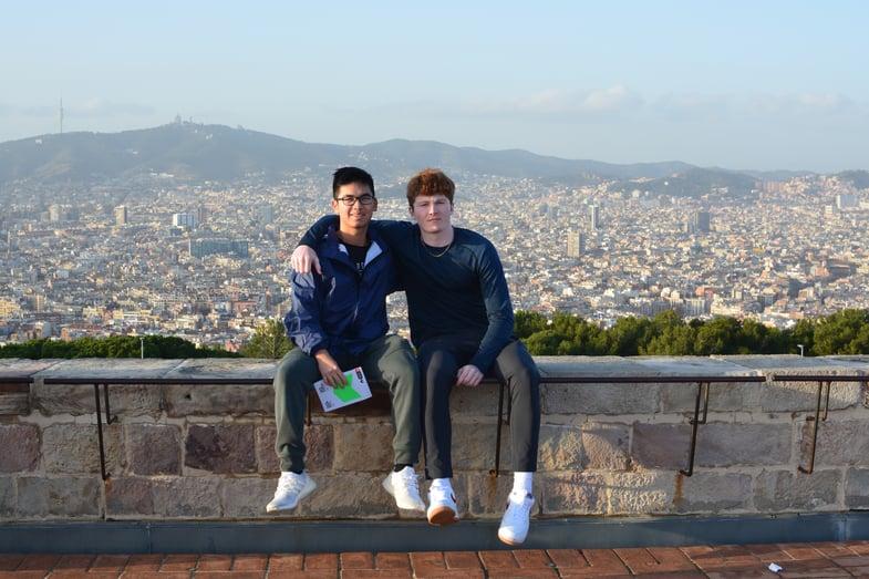 Proctor en Segovia visits Montjuic in Barcelona
