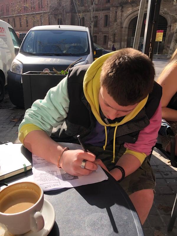 Proctor en Segovia works at a café in Barcelona