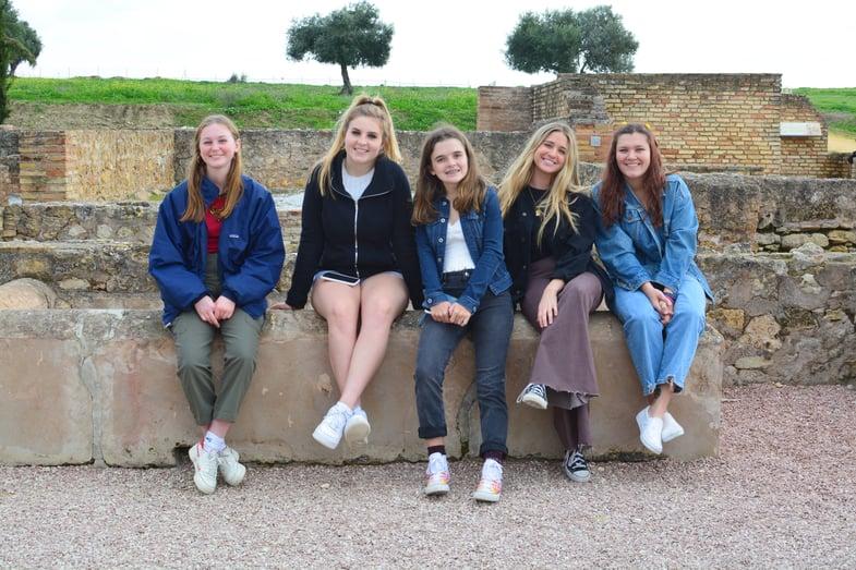 Proctor en Segovia visits the Roman ruins of Italica