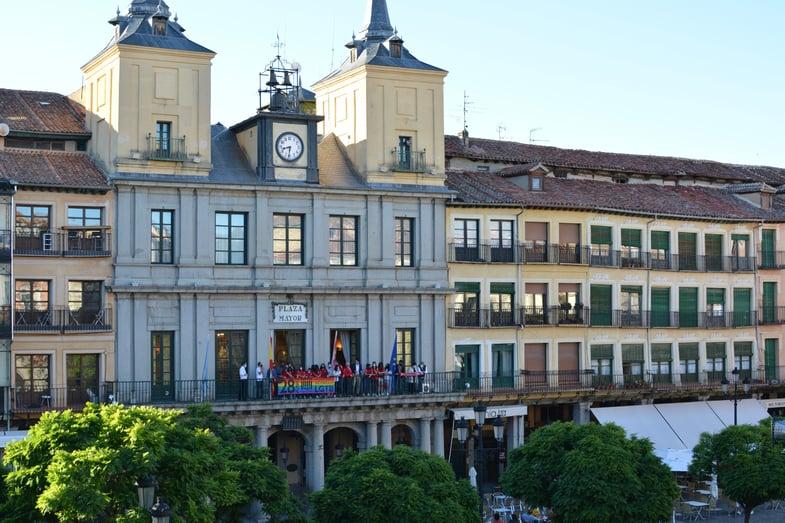 The Proctor en Segovia school building in on Segovia's Plaza Mayor