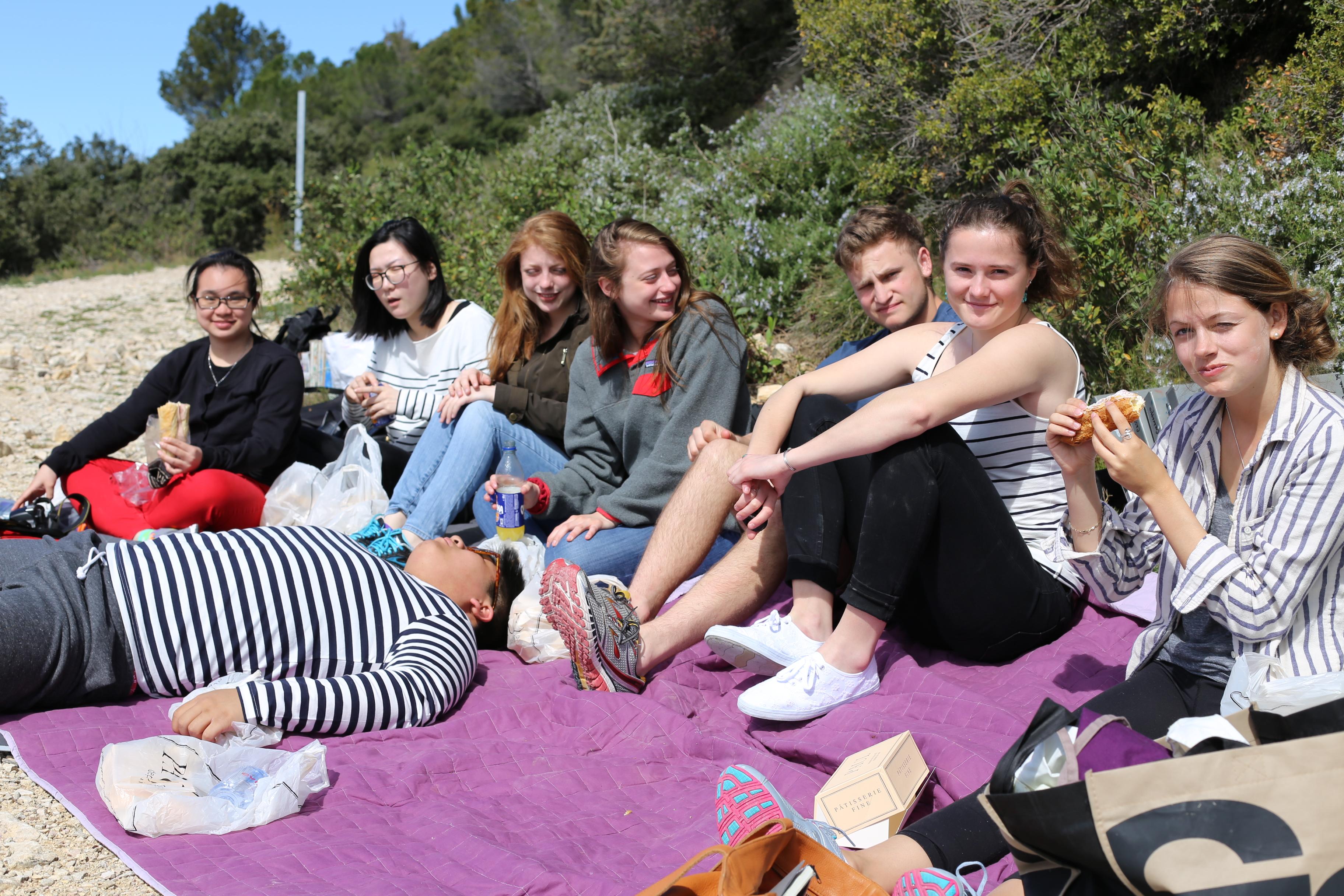 european art classroom proctoracademy aix en provence france