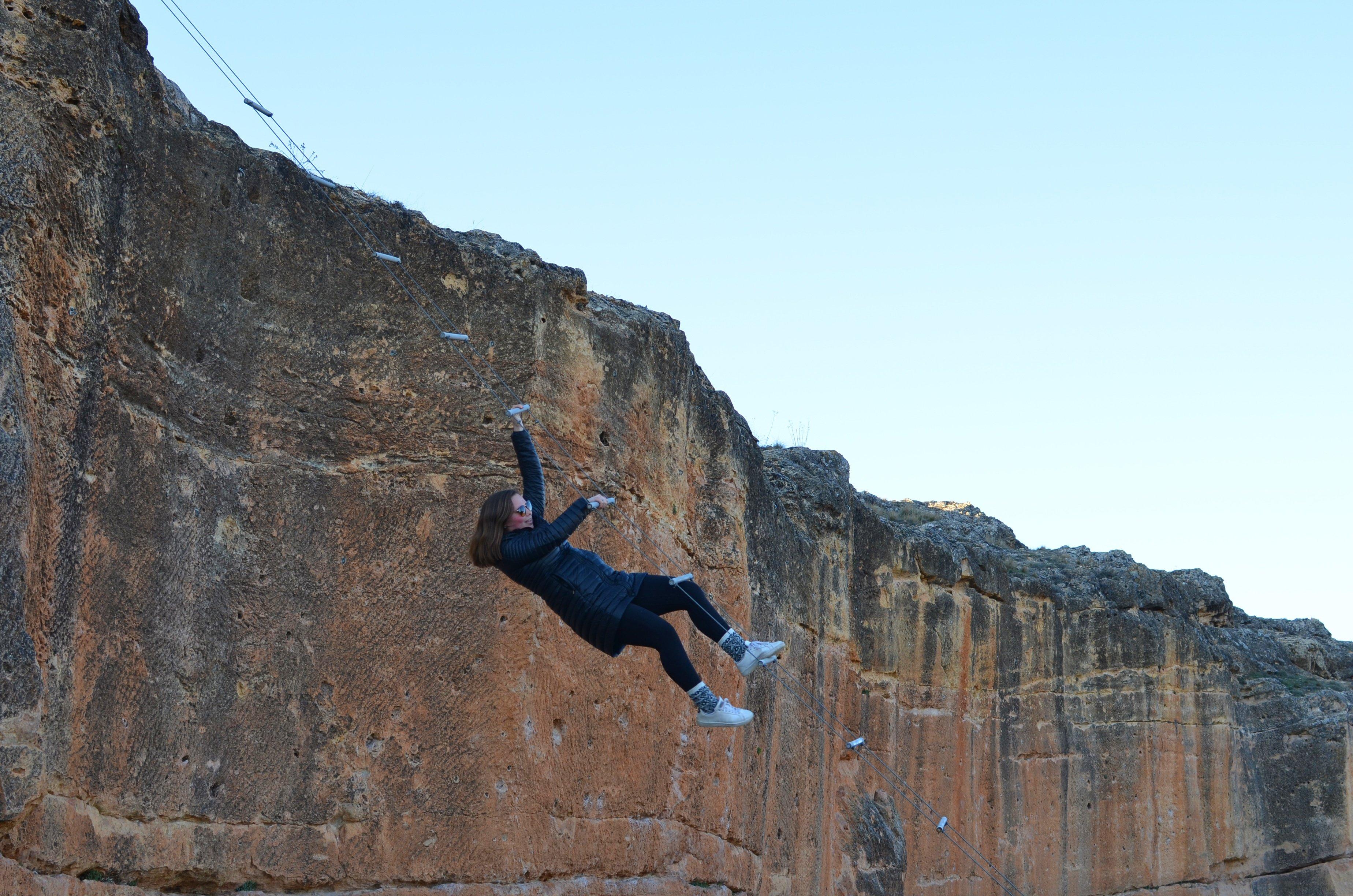 Proctor en Segovia explores the trails that encircle Segovia's old quarter