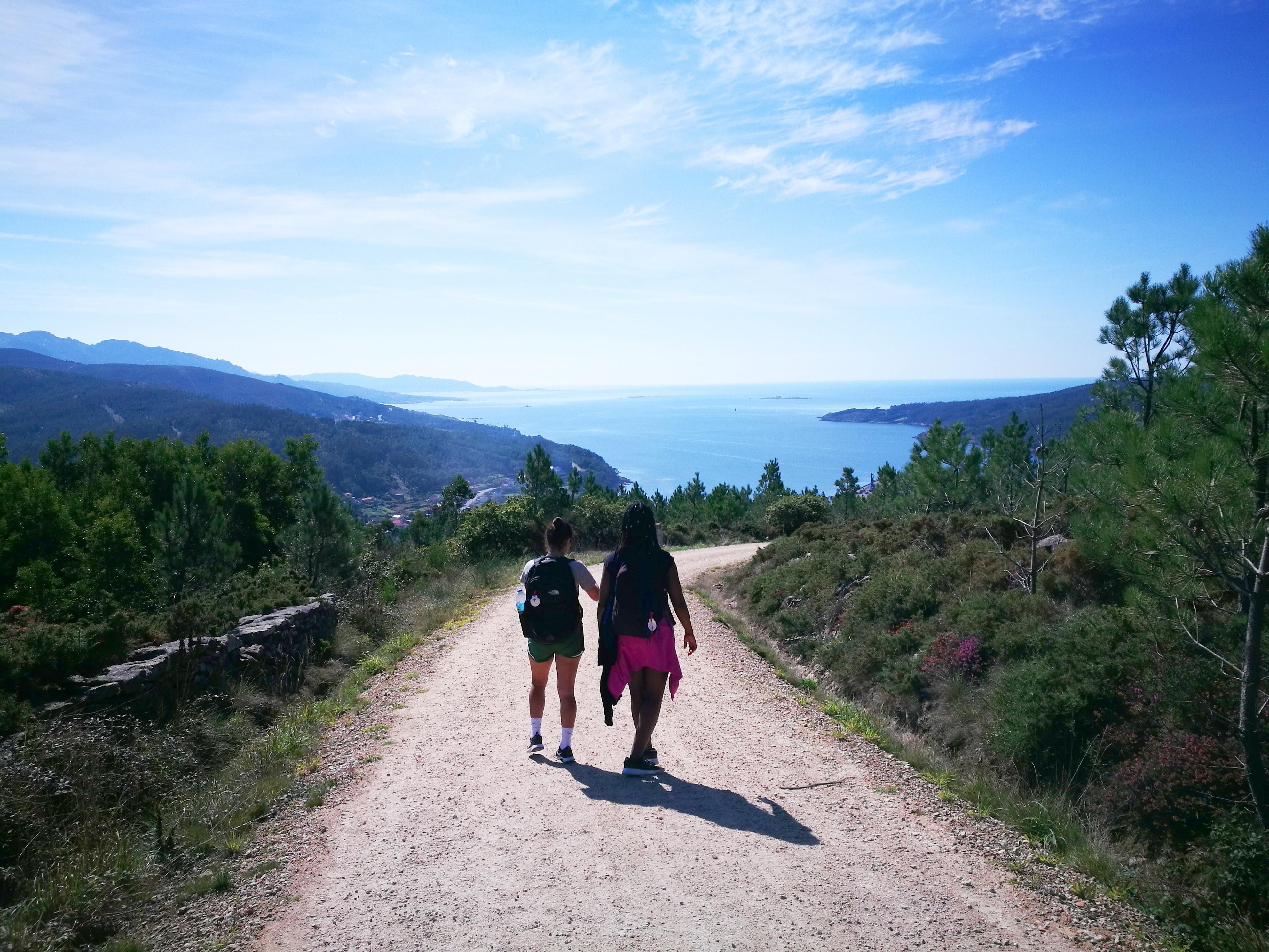 Proctor en Segovia hikes the Camino de Santiago