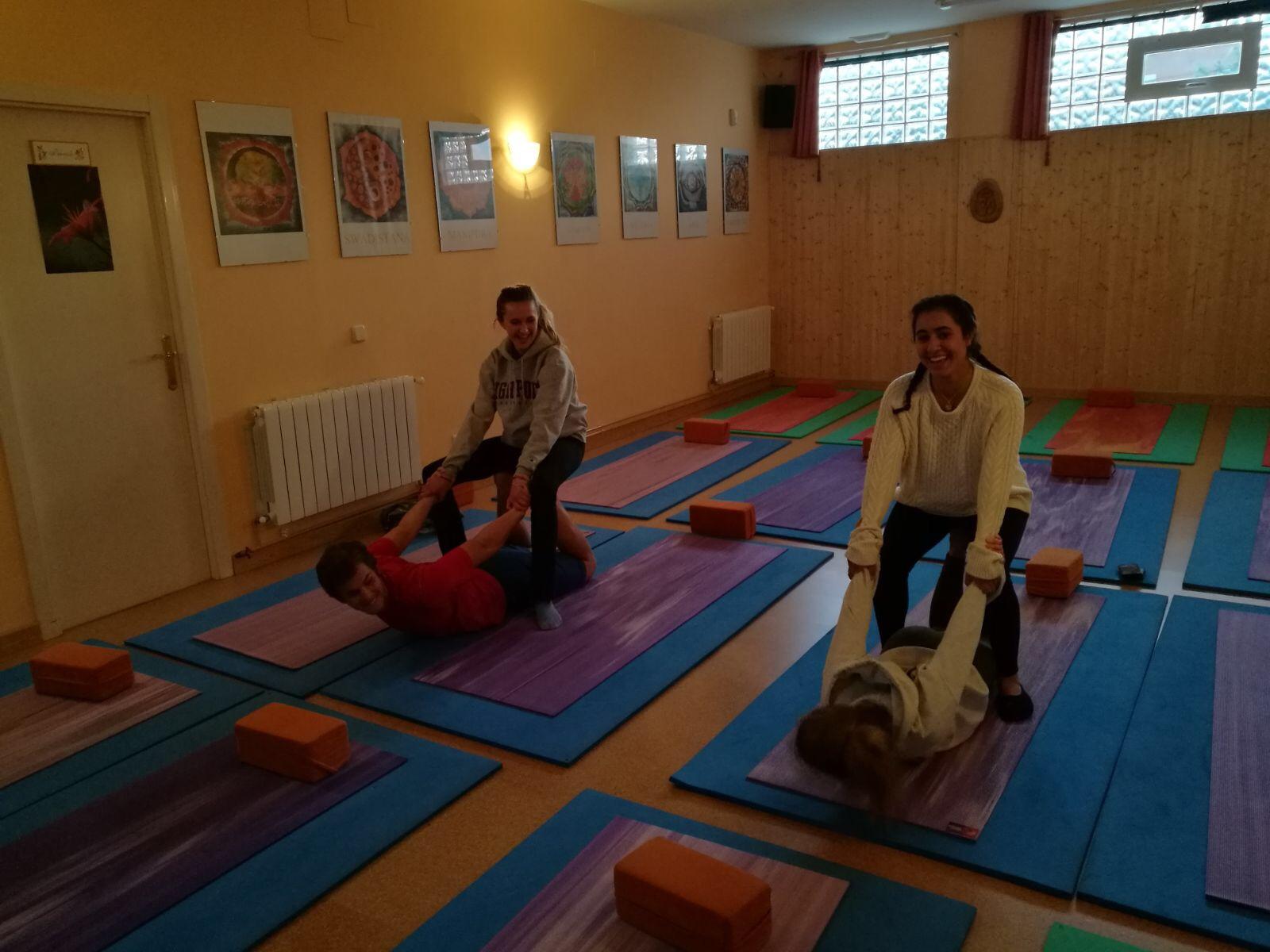 Proctor en Segovia group yoga