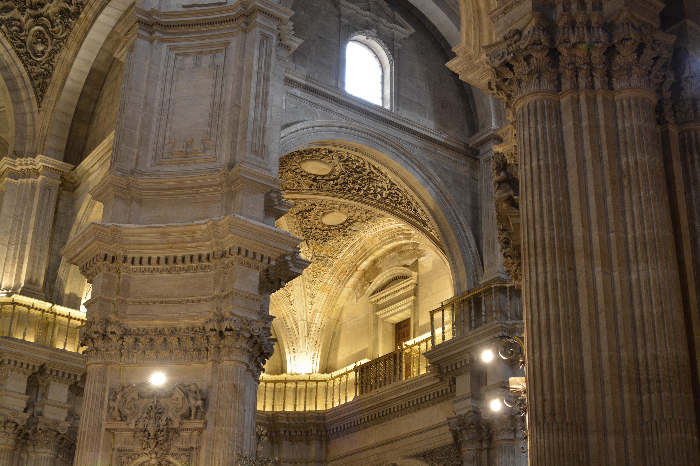 Proctor en Segovia visits the Cathedral of Granada