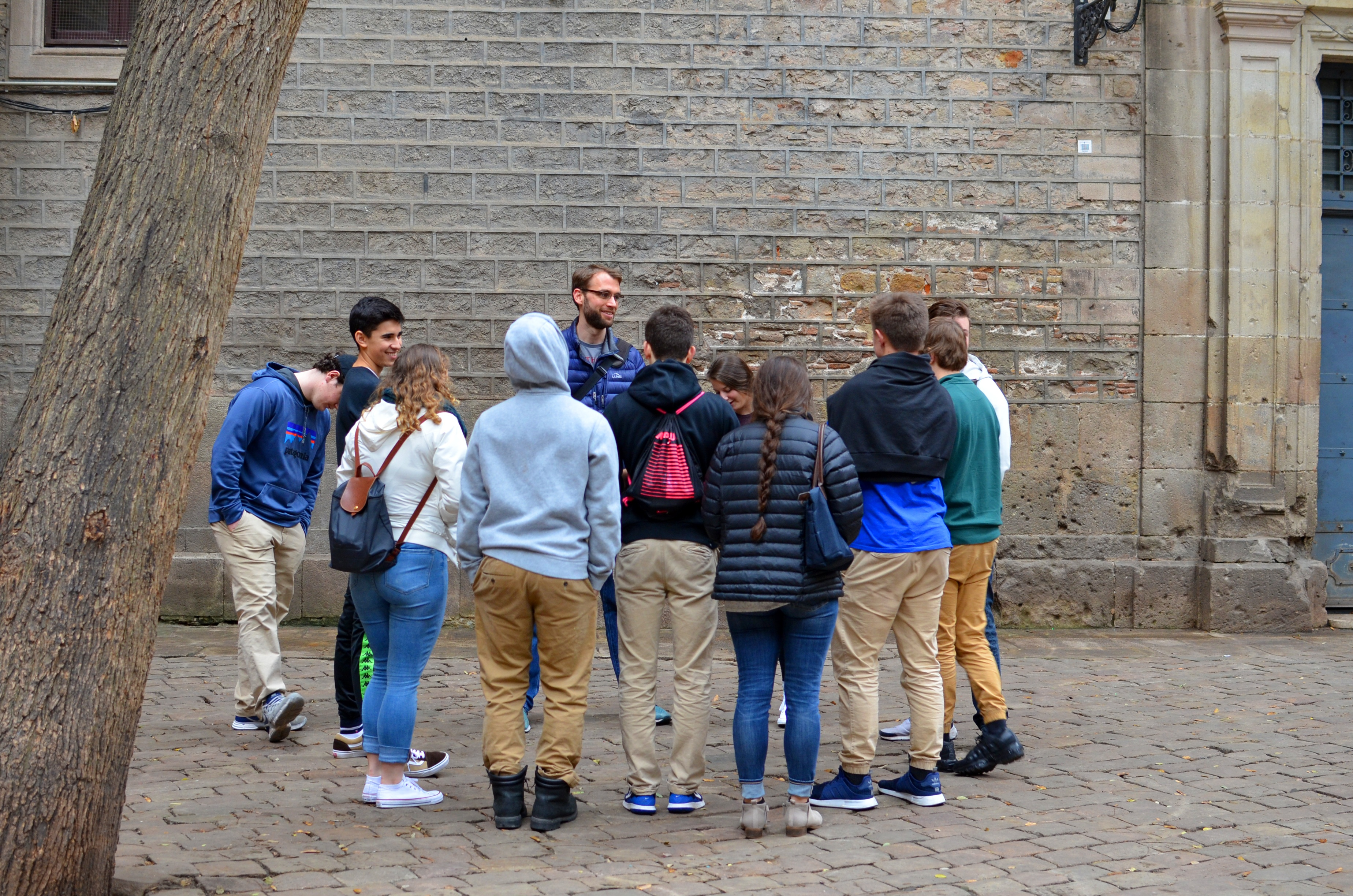 Proctor en Segovia examines the layers of history in Barcelona's gothic quarter